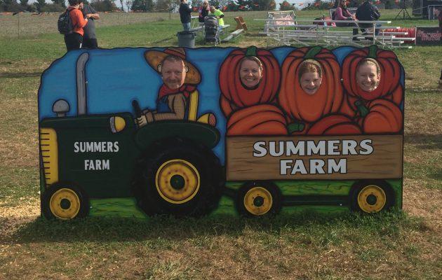 Pumpkin Patch på Summer's farm.