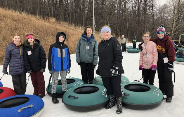 Winter, Snow and tubing